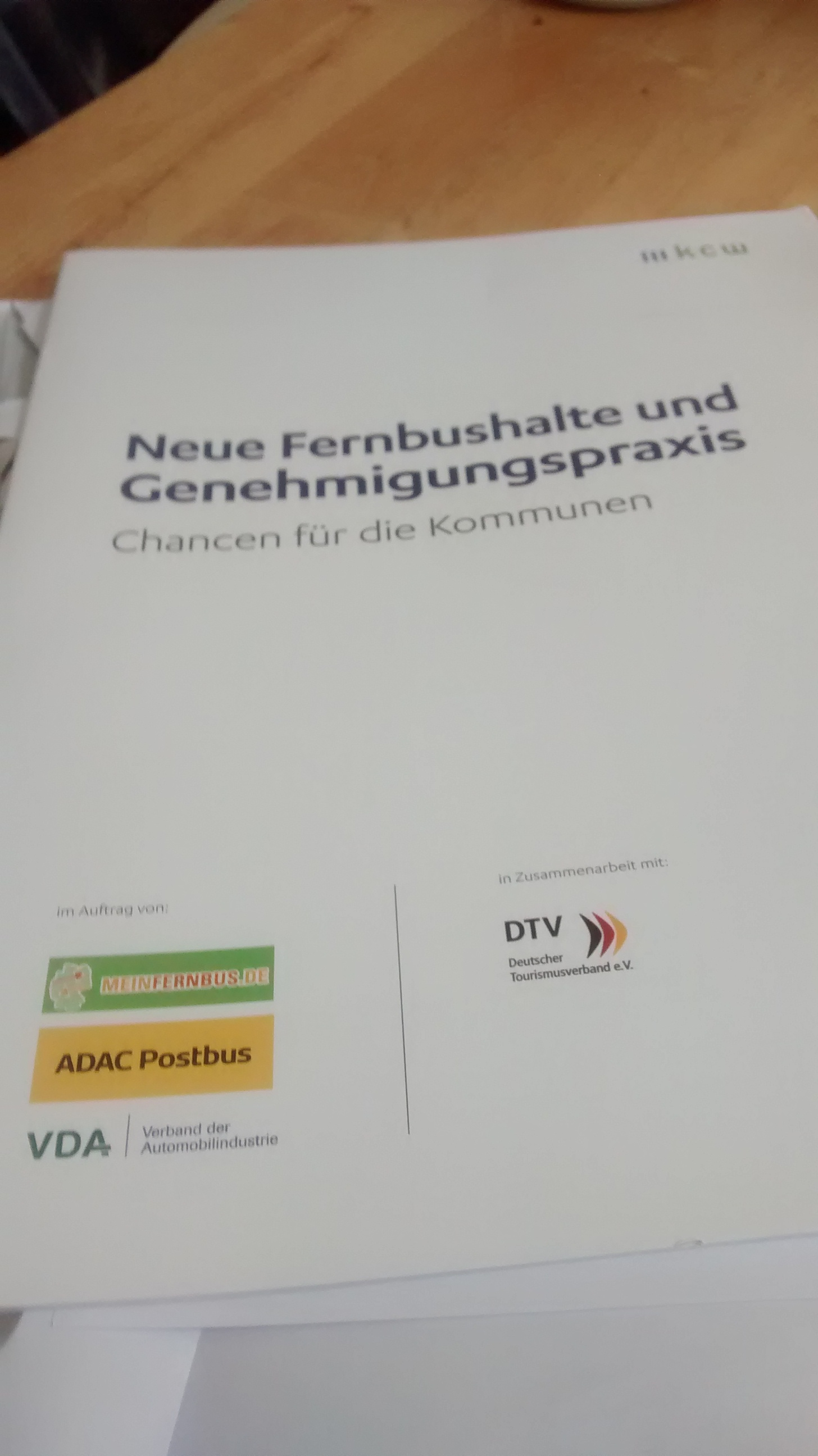 Studie: Neue Fernbushalte und Genehmigungspraxis ...